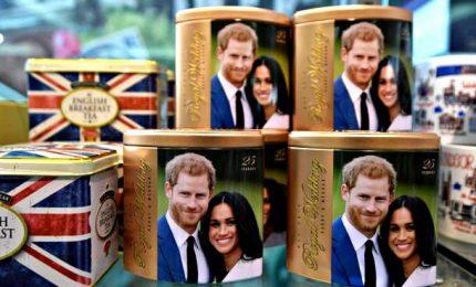 Harry e Meghan rinunciano al titolo di Altezza Reale. E in Canada già in vendita i gadget