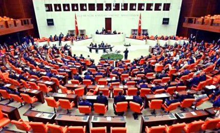 Turchia a un passo dall'intervento militare in Libia. Diplomazia in allerta