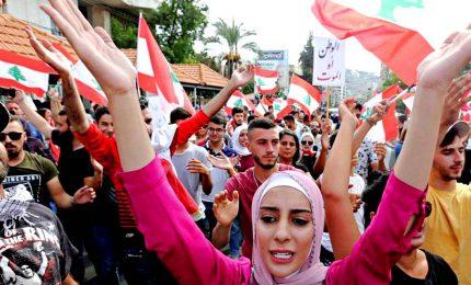 Tensione e scontri a Beirut, oltre 200 feriti. In Libia, tassi di povertà verso 50%