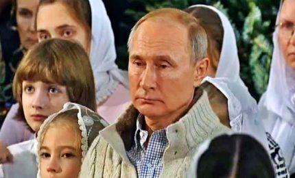 Putin e il Natale ortodosso dei moscoviti senza neve
