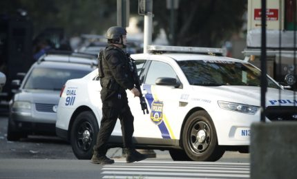 Sparatoria in liceo Houston, 1 morto. Killer in fuga