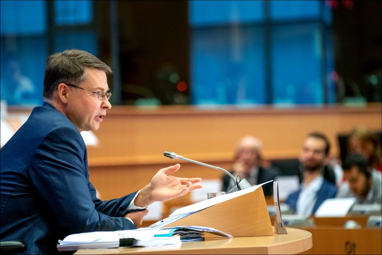Mille miliardi in 10 anni per Green deal, ecco il piano di investimenti dell'Ue
