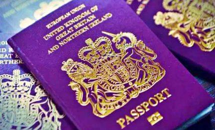 """Gran Bretagna, il nuovo """"sistema a punti"""" per l'immigrazione"""