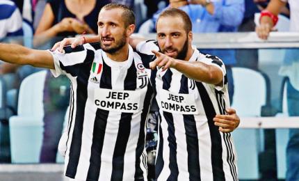 La Juve torna in testa da sola, Brescia 2-0
