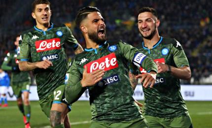 Rimonta Napoli che ora guarda l'Europa, Brescia a picco