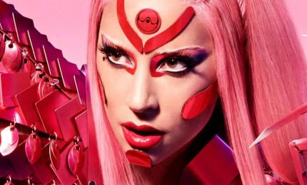 "Lady Gaga è tornata, online il singolo ""Stupid love"""
