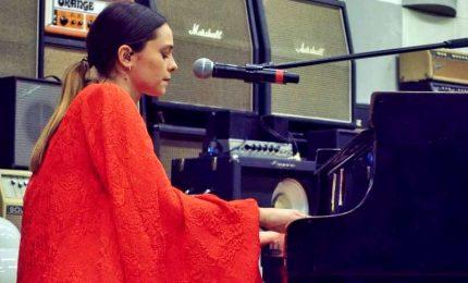 Coronavirus, per Francesca Michielin il concerto è in streaming