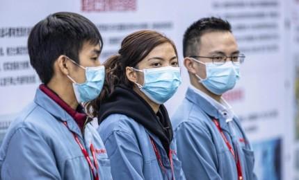 """Coronavirus nel mondo, in Corea del Sud livello allerta """"al massimo"""". Pakistan e Turchia chiudono frontiera con l'Iran"""