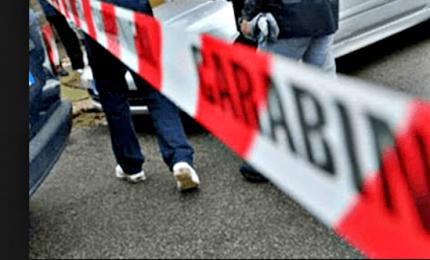 Padova, uomo uccide figli a coltellate e si toglie la vita