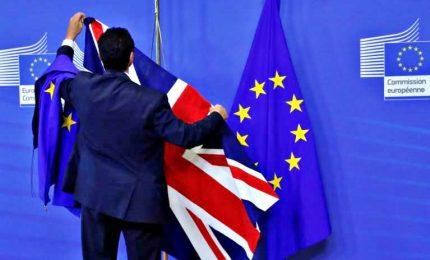 """Brexit, raggiunto accordo Ue-Regno Unito. """"Dopo 47 anni, torniamo indipendenti"""""""