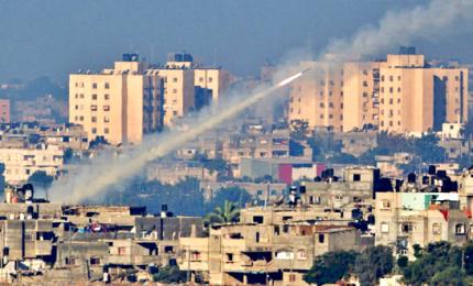 Gaza risponde a Israele con nuova raffica di razzi