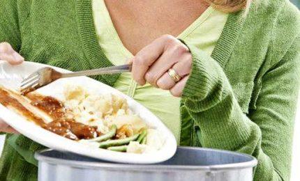Italiani sprecano meno cibo: nel 2020 calo del 25%