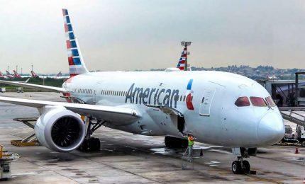 Coronavirus nel mondo: 85mila casi, 3mila morti. Primo decesso negli Usa. American Airlines sospende i voli su Milano