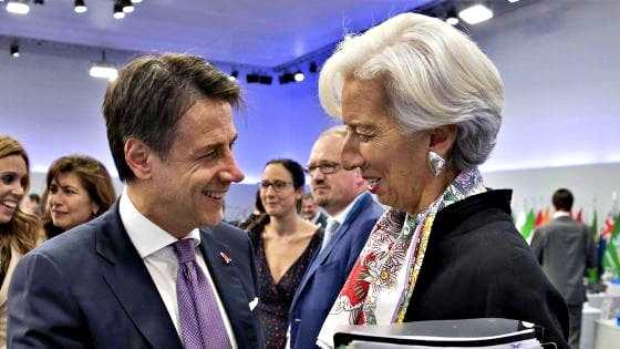 Coronavirus, Lagarde irrita Conte. Premier lavora su decreto-ter. Mattarella: Ue solidarizzi e non ostacoli l'Italia