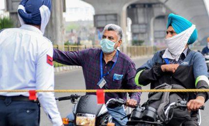 Coronavirus, scatta il lockdown in India