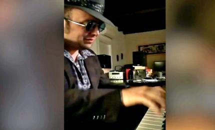 Coronavirus, Gualazzi in diretta Facebook: è Aperitivo in musica