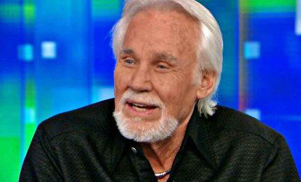 Morto a 81 anni Kenny Rogers, icona del country