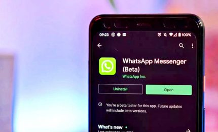 La Dark mode di WhatsApp sbarca su iPhone e Android