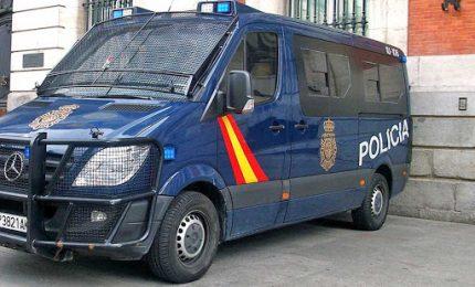 Coronavirus, orgia a Barcellona durante l'isolamento: 8 arresti