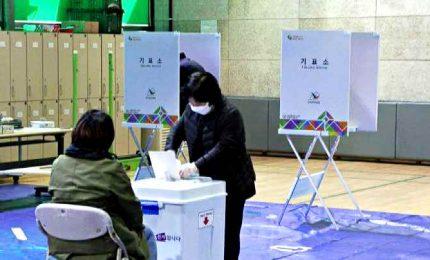 Coronavirus, in Corea del Sud al voto in massa senza paura