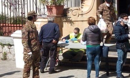 A Palermo esercito e Caritas in aiuto ai bisognosi