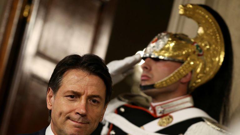 """Conte torna a chiedere """"aiuto"""" a volenterosi: dimissioni per un governo di salvezza nazionale"""