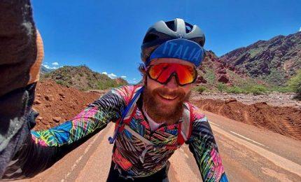 """""""Non voglio cambiare pianeta"""", docutrip in bici per Jovanotti"""