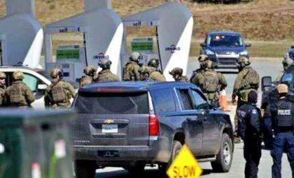 Strage in Canada, uno uomo apre fuoco e uccide almeno 16 persone