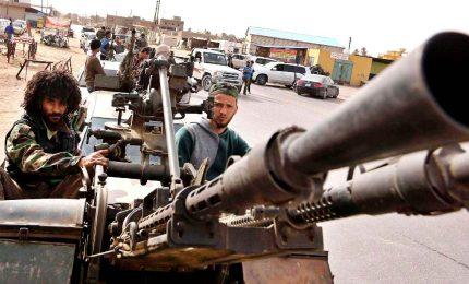 Libia, il coronavirus non ferma gli scontri. Il generale Haftar in difficoltà