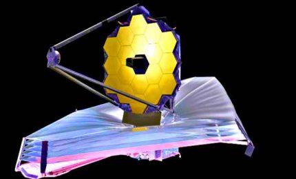 Il telescopio James Webb apre lo specchio di 6,5 metri