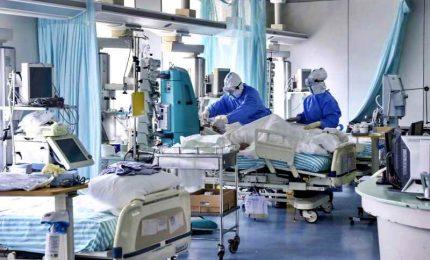 Calano per il nono giorno consecutivo i ricoveri in terapia intensiva