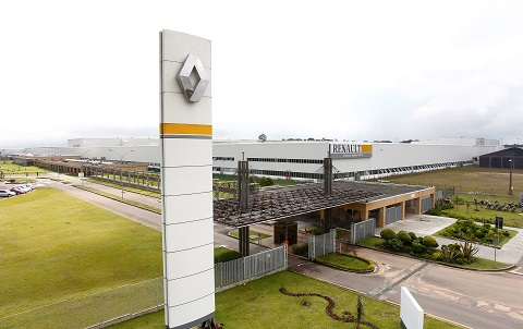 Renault verso la chiusura di fabbriche e tagli di personale