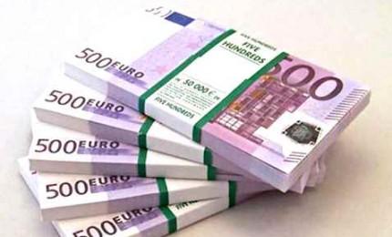 Ristori per negozi e piccole imprese direttamente sui conti correnti. Lo dice Conte