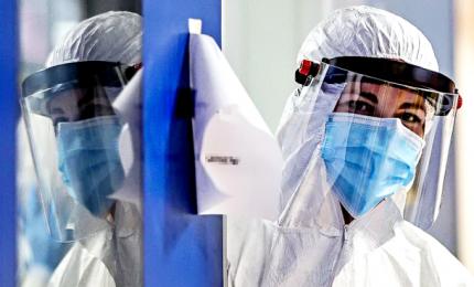 """Coronavirus, risalgono contagi e vittime. Monito Oms: """"Sarà una grande ondata"""""""