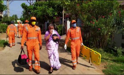 Fuga di gas impianto chimico, 8 morti e mille intossicati in India