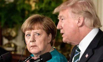 Insulti a Merkel, mite con Putin: Trump un pericolo al telefono