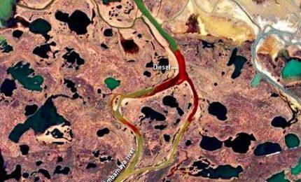 Artico, 20mila tonnellate gasolio in un fiume. Putin furioso ordina stato di emergenza