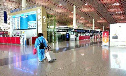 Coronavirus, torna la paura a Pechino: cancellati oltre mille voli