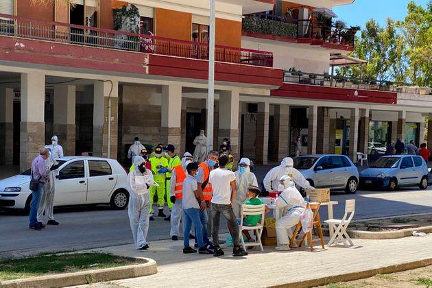 Focolaio nel Casertano, oltre 40 contagiati asintomatici
