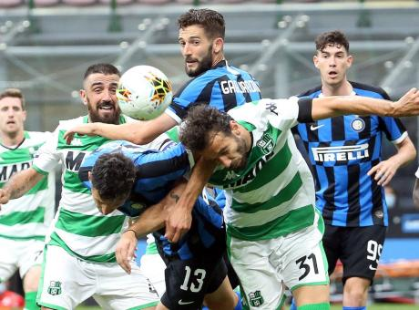 Inter-Sassuolo 3-3, nerazzurri ripresi all'89' da Magnani