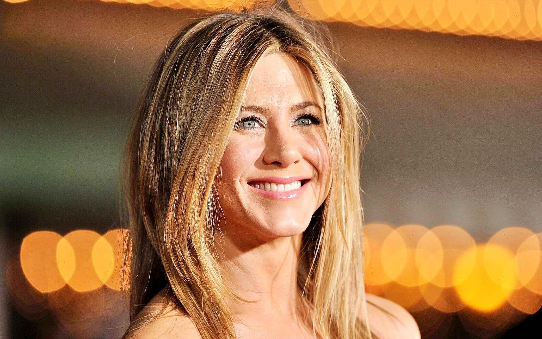 Una foto di Jennifer Aniston nuda allasta contro il