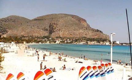 Viaggi e turismo: vola a Palermo, una notte è gratis