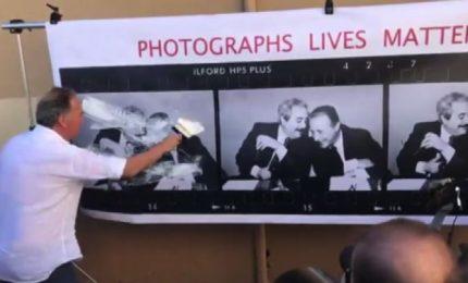 Palermo, Gentile cancella la celebre foto di Falcone e Borsellino