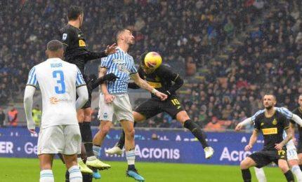 L'Inter travolge la Spal 4-0 ed è seconda