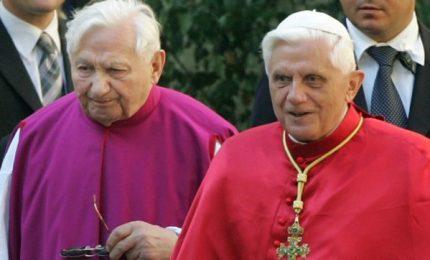 Funerale del fratello: Ratzinger, grazie per ciò che hai sofferto