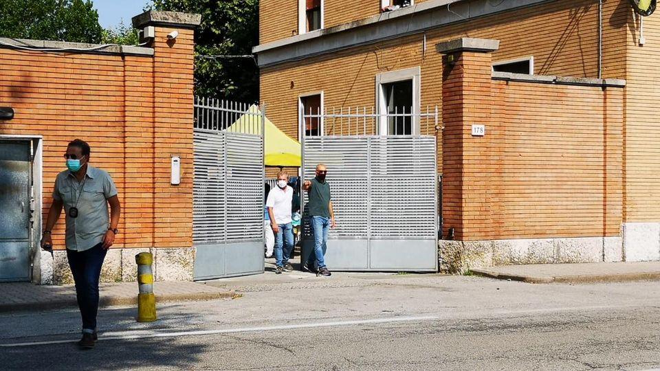 Coronavirus, l'ex caserma Serena di Treviso nuovo focolaio Covid