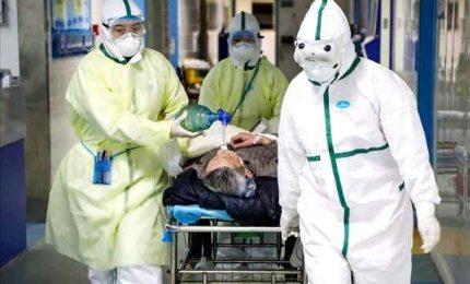 Coronavirus, schizzamo morti e nuovi positivi. Gimbe: continua ascesa contagi, ospedali vicini a saturazione