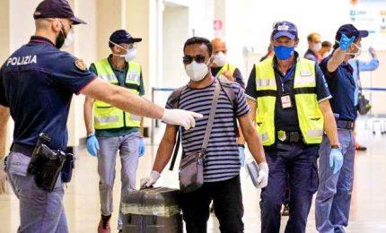 Covid-19, Speranza sospende voli dal Bangladesh per una settimana