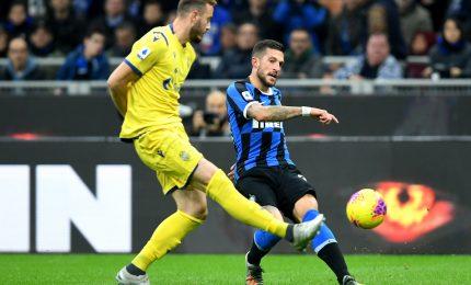 L'Inter fermata sul 2-2 a Verona, ora è quarta
