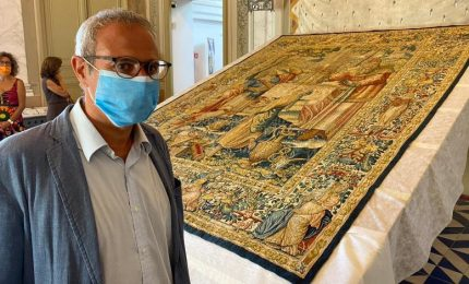 A Palermo il restauro degli arazzi fiamminghi di Marsala